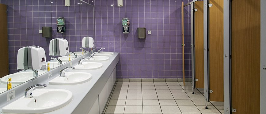 Bathroom cleaning services